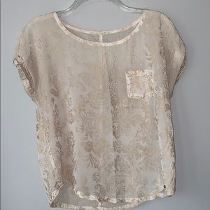 Abercrombie & Fitch top with gold pattern